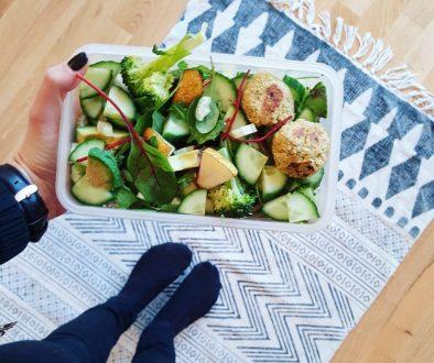 Mealprep Salat fürs Büro_ team loa